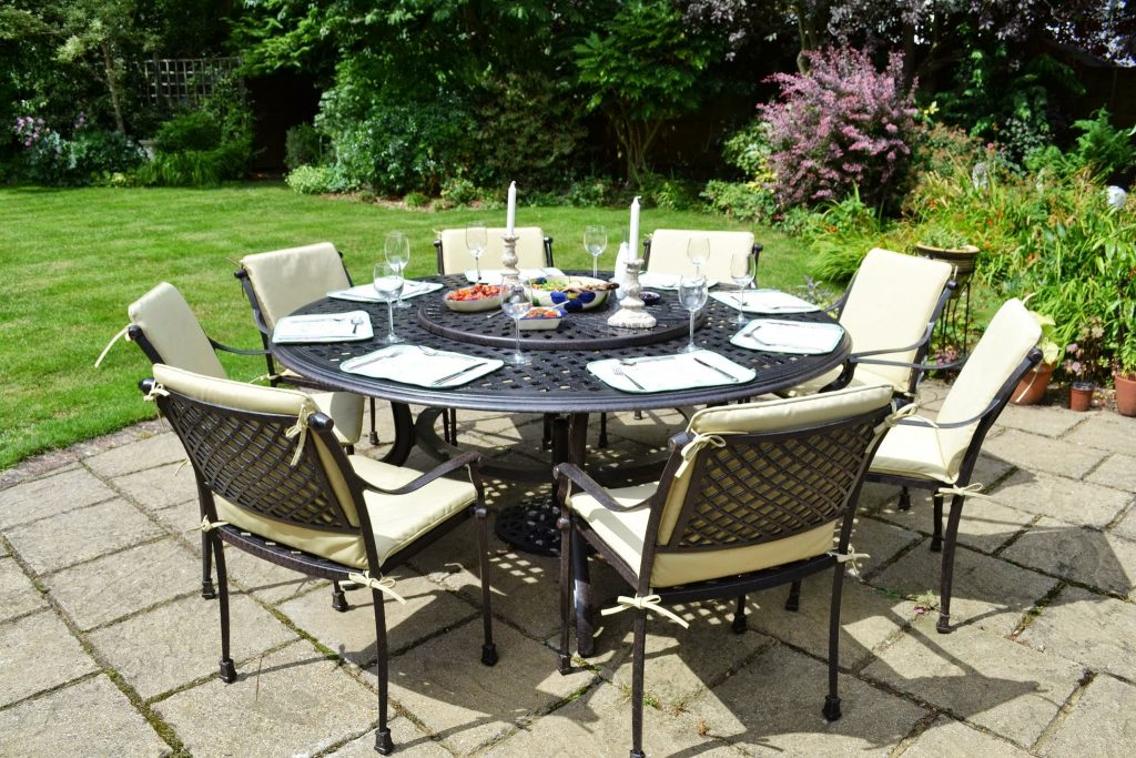 table de jardin ronde